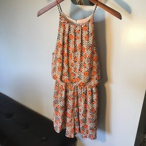 NWT Lush Romper Size Medium Orange Floral